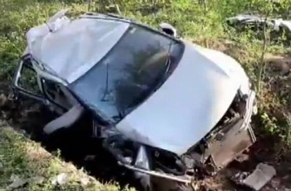 4 hockey players killed after car rams into tree in MP